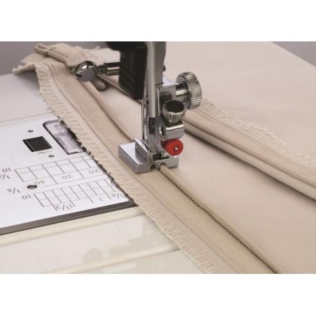 pied fermeture invisible elna 200333023 pied pour machines coudre. Black Bedroom Furniture Sets. Home Design Ideas
