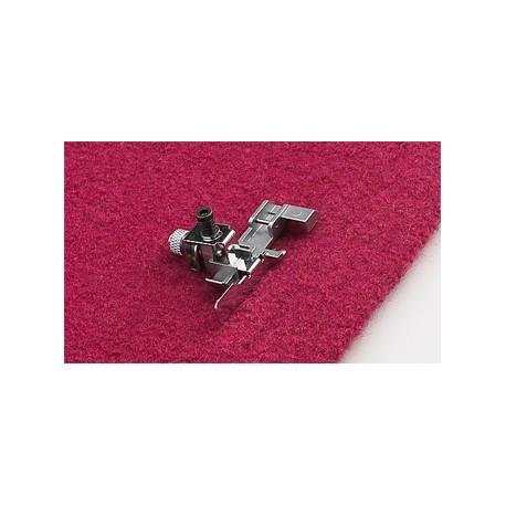 Pied ourlet invisible et dentelle surjeteuse 620117796