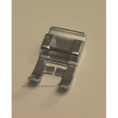 Pied standard 6 mm sans IDT Pfaff 820258096
