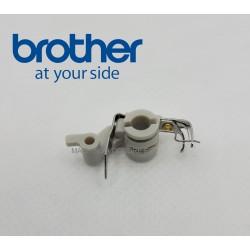 Enfile aiguille Brother Innovis V5 V7 réf XD1549351