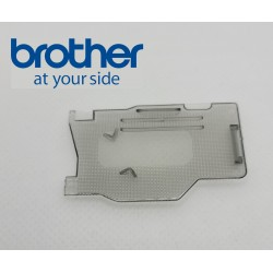 Couvercle de plaque Brother Innovis 800E 870 SE réf XG1887001