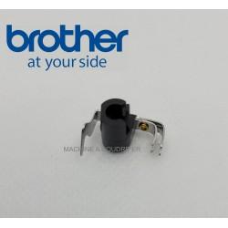 Enfile aiguille Brother CS70 réf XA1854051