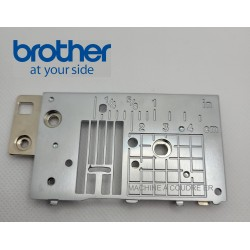 Plaque aiguille Brother Innovis F410 réf XF8847001